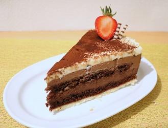 3 farbige Mousse au chocolat Torte